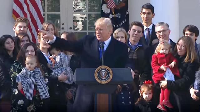 Tổng thống Mỹ Donald Trump nói về phá thai như thế nào?