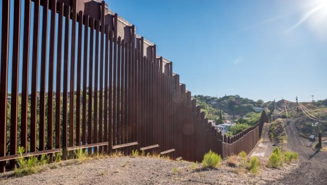 Bức tường biên giới Mỹ-Mexico: 'Hàng rào đẳng cấp Roll-royce'