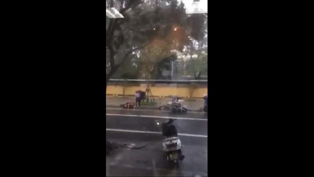 Bão số 5 đổ vào Thừa Thiên Huế