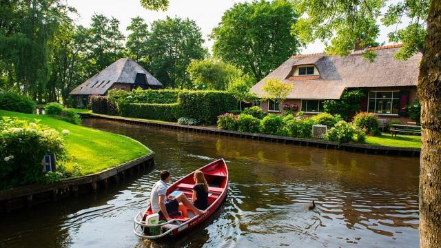 """""""Venice của Hà Lan"""" - Chốn thanh bình không ôtô, đường nhựa"""