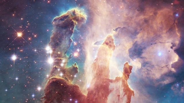 Sự tồn tại của vũ trụ là phép lạ lớn nhất mọi thời đại